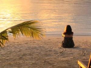 Aurélie Sanchez Naturopathe - Méditation - plage Nouméa
